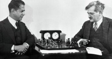 José Raúl Capablanca venció a Lasker y se proclamó camepeón mundial de ajedrez, en La Habana. Foto: Perfil de DGriffin Chess en Twitter.