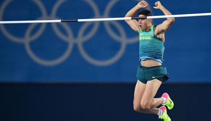 El brasileño Thiago Braz da Silva, de 22 años, protagonizó la mayor sorpresa en el atletismo. Foto: Sport.