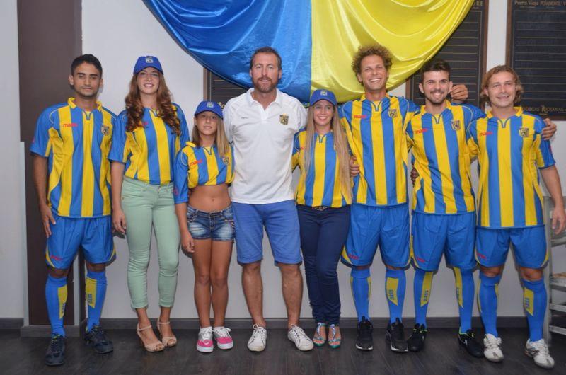 El Inter Ibiza, club que preside y entrena Carlos Fourcade, se fundó en la temporada 2014-2015.