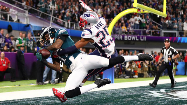 Las 1,151 yardas totales fueron la mayor cantidad en un partido en toda la historia de la NFL, temporada regular y playoffs