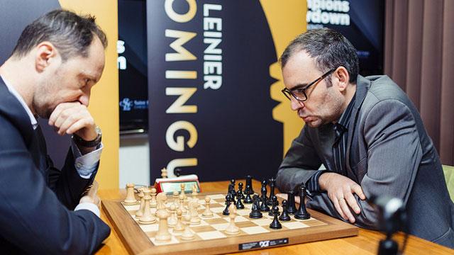 Leinier en el match más cerrado del Champions Showdown. Foto tomada del Flickr del evento