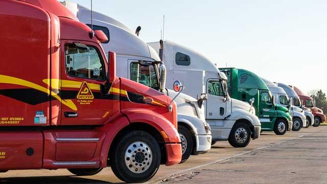 Una carrera de camiones es un espectáculo diferente a lo que estamos acostumbrados a ver