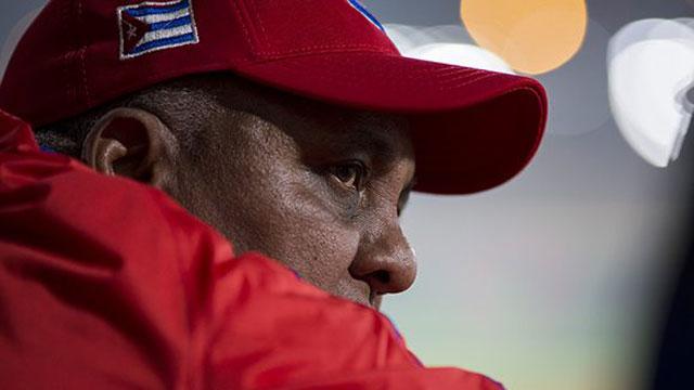 Rey Vicente Anglada no tuvo un feliz regreso como director de la selección cubana de béisbol. Foto: Irene Pérez / Cubadebate