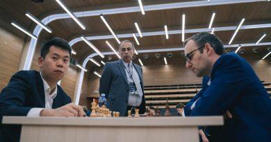 Leinier Domínguez y Wang Hao entablaron sus dos partidas clásicas en la Copa Mundial de ajedrez. Foto tomada del sitio oficial del evento
