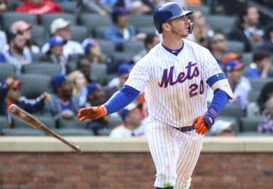 Pete Alonso, de los Mets de Nueva York impuso un récord de jonrones en Grandes Ligas para peloteros novatos, con 53 vuelacercas