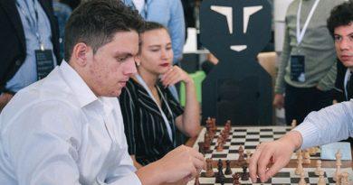 El GM Carlos Daniel Albornoz concluyó en el lugar 33 del Mundial juvenil de ajedrez