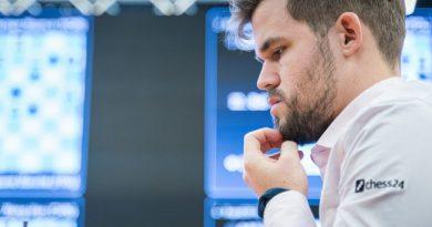 Magnus Carlsen criticó a los ajedrecistas que pactaban rápidas tablas en el Mundial