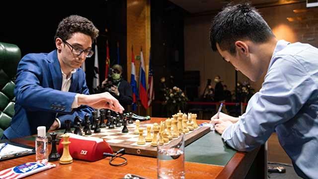 El GM chino Ding Liren mantuvo vivas sus aspiraciones en el Torneo de Candidatos 2020, al superar, con blancas, a Fabiano Caruana, en la tercera ronda. Foto tomada del sitio oficial del evento