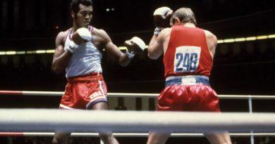 Stevenson triunfó en la división súper pesada en las citas estivales de Múnich 1972, Montreal 1976 y Moscú 1980