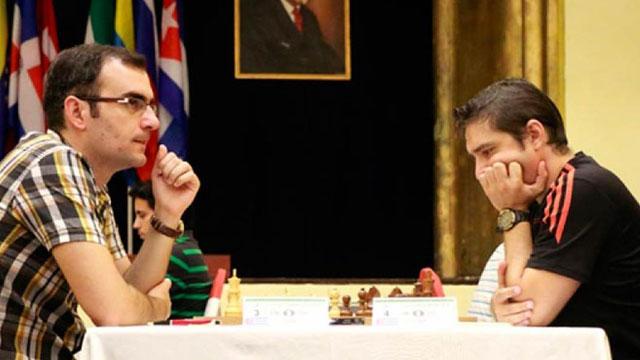 El GM Lázaro Bruzón barrió 4-0 al GM Carlos Hevia, en la segunda semifinal y discutirá el título de la Copa Cuba de ajedrez online ante el GM Leinier Domínguez