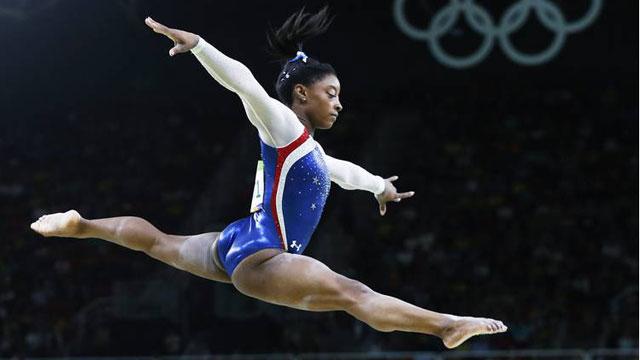 Simone Biles, una de las atletas afectadas por el cambio de fecha de los Juegos Olímpicos de Tokio