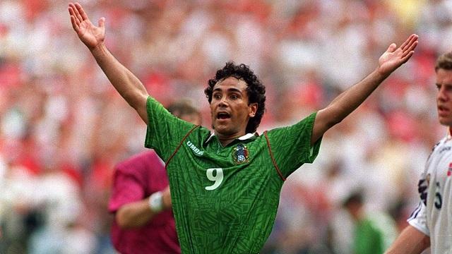 Hugo Sánchez no puede faltar en ningún listado de los mejores futbolistas mexicanos.