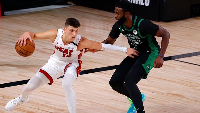 El novato Tyler Herro ha sido sensacional y sus actuaciones en los playoffs entraron en el libro de récords de la NBA