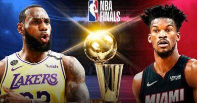 El Rey LeBron James disfrutó su medio centenar de desafíos por el título con una brillante actuación y guió a sus Lakers de Los Ángeles a un cómodo triunfo por 116-98 sobre el Heat de Miami en el primer juego de las Finales de la NBA.
