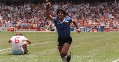 Murió Diego Armando Maradona. Esta vez no es un rumor, sino un hecho dolorosamente cierto.
