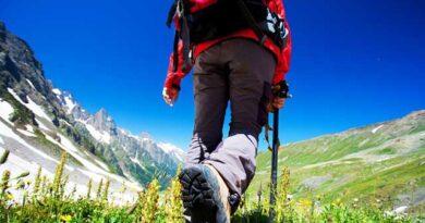 El deporte en exteriores suele estar asociado con escapadas para hacer senderismo, completar rutas de montaña, o incluso actividades en la costa.