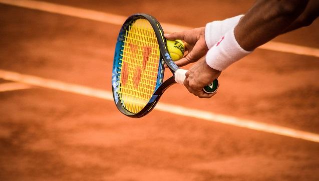 La formación en deportes de raqueta tiene un importante componente físico