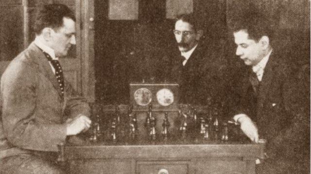 Boris Kostic vs. José Raúl Capablanca, un match ganado por el cubano 5-0. Foto: Chess.com