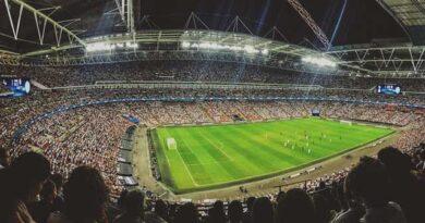 Los futbolistas no piensan solamente en fútbol, tienen otros hobbies en los que pasan mucho tiempo y uno de los más comunes es el de los casinos