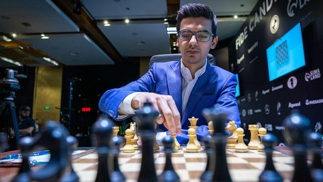 La novena ronda del Torneo de Candidatos 2020/21 tuvo como principal protagonista al GM holandés Anish Giri. Foto: Tomada del sitio oficial del torneo