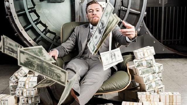 """Conor McGregor tuvo el peor regreso posible al octágono; sin embargo, esto no impidió que el irlandés fuera el deportista con más ingresos en el """"Año 1 de la Pandemia"""", según la revista Forbes"""