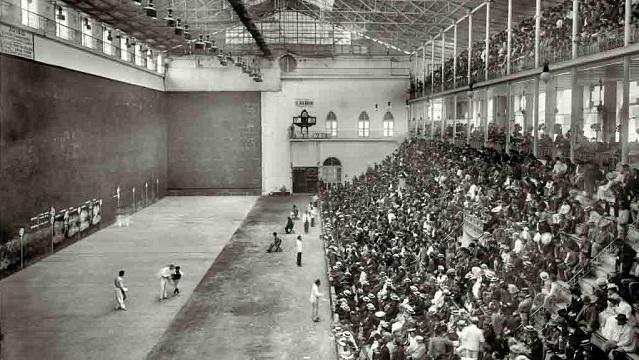 Entre las aficiones deportivas habaneras de principios del siglo XX una de las menos recordadas es la cesta punta o Jai-Alai, la modalidad más popular de la pelota vasca.