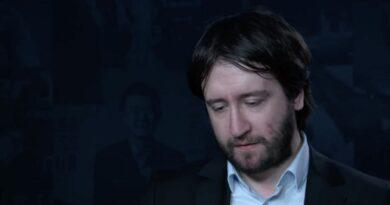 El Gran Maestro azerí Teimour Radjabov tiene un problema, aunque él no lo reconozca.