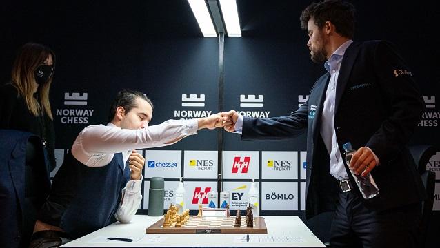 Magnus Carlsen ganó de manera convincente el torneo Norway Chess y dejó claro que es el gran favorito para el match por la corona ante Nepomniachtchi. Foto: Tomada del sitio oficial del evento.